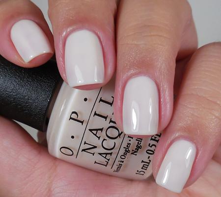 OPI Лак для ногтей Act Your Beige! / SoftShades 15млЛаки<br>Лак для ногтей Задействуй свой беж! - возраст - это всего лишь число, но этот светло-бежевый точно  1! (текстура полупрозрачный крем) Преимущества: - модные оттенки: самые горячие и желанные цвета сезона; - насыщенные цвета: высокопигментированные оттенки обеспечивают оптимальное покрытие;&amp;nbsp; - быстрое нанесение в два слоя: эксклюзивная кисть ProWide для гладкого ровного покрытия; -&amp;nbsp;долговечный цвет: устойчивое к сколам покрытие, стойкий блеск; - легендарные названия оттенков: скоро они будут у всех на устах. Активные ингредиенты: аминокислоты и протеины шелка. Способ применения: нанесите на ногти 1-2 слоя цветного лака после нанесения базового покрытия. Для придания прочности и создания блеска затем рекомендуется использовать верхнее покрытие. Если хотите оставить матовую текстуру лака, не покрывайте его глянцевым верхним покрытием!<br><br>Цвет: Белые<br>Объем: 15 мл<br>Виды лака: Глянцевые