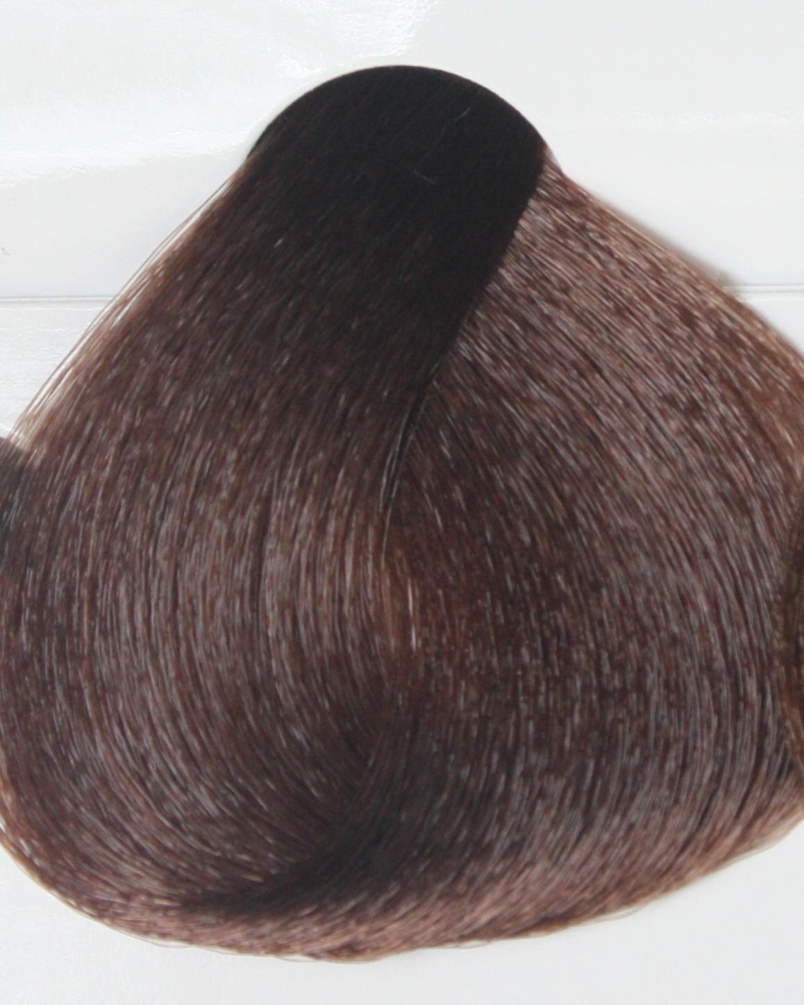 KAPOUS 5.23 краска для волос / Professional coloring 100млКраски<br>Оттенок 5.23 Светло-коричневый перламутрово-бежевый блонд. Стойкая крем-краска для перманентного окрашивания и для интенсивного косметического тонирования волос, содержащая натуральные компоненты. Активные ингредиенты, основанные на растительных экстрактах, позволяют достигать желаемого при окрашивании натуральных, уже окрашенных или седых волос. Благодаря входящей в состав крем краски сбалансированной ухаживающей системы, в процессе окрашивания волосы получают бережный восстанавливающий уход. Представлена насыщенной и яркой палитрой, содержащей 106 оттенков, включая 6 усилителей цвета. Сбалансированная система компонентов и комбинация косметических масел предотвращают обезвоживание волос при окрашивании, что позволяет сохранить цвет и натуральный блеск на долгое время. Крем-краска окрашивает волосы, бережно воздействуя на структуру, придавая им роскошный блеск и натуральный вид. Надежно и равномерно окрашивает седые волосы. Разводится с Cremoxon Kapous 3%, 6%, 9% в соотношении 1:1,5. Способ применения: подробную инструкцию по применению см. на обороте коробки с краской. ВНИМАНИЕ! Применение крем-краски  Kapous  невозможно без проявляющего крем-оксида  Cremoxon Kapous . Краски отличаются высокой экономичностью при смешивании в пропорции 1 часть крем-краски и 1,5 части крем-оксида. ВАЖНО! Оттенки представленные на нашем сайте являются фотографиями цветовой палитры KAPOUS Professional, которые из-за различных настроек мониторов могут не передать всю глубину и насыщенность цвета. Для того чтобы результат окрашивания KAPOUS Professional вас не разочаровал, обращайте внимание на описание цвета, не забудьте правильно подобрать оксидант Cremoxon Kapous и перед началом работы внимательно ознакомьтесь с инструкцией.<br><br>Класс косметики: Косметическая