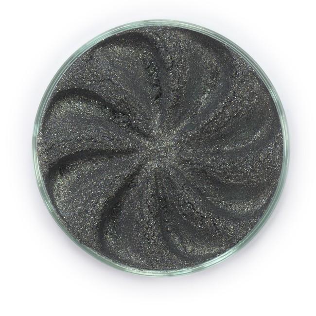 ERA MINERALS Тени минеральные F54 / Mineral Eyeshadow, Frost 1 грТени<br>Тени для век Frost в своем покрытии и исполнении варьируются от мерцающих и морозных до ослепляющих словно блеск снежного кристалла. Яркие, уникальные и многоуровневые оттенки этой формулы с неотразимым эффектом прерывистого света подчеркнут красоту любых глаз. Сильные и яркие минеральные пигменты&amp;nbsp; Можно наносить как влажным, так и сухим способом&amp;nbsp; Без отдушек и содержания масел, для всех типов кожи&amp;nbsp; Дерматологически протестировано, не аллергенно&amp;nbsp; Не тестировано на животных&amp;nbsp; Активные ингредиенты: слюда, нитрид бора, миристат магния, диоксид кремния, алюмоборосиликат. Может содержать: стеарат магния, кармин, каолин, ультрамарин, зеленый оксид хрома, берлинская лазурь, оксиды железа, фиолетовый марганец, оксид титана, диоксид титана. Способ применения: Поместите небольшое количество минеральных теней в крышку от контейнера или на палитру для косметики.&amp;nbsp; Наберите средство, используя одну из наших кистей для бровей и ресниц.&amp;nbsp; Чтобы избежать осыпания, не набирайте на кисть слишком большое количество теней.&amp;nbsp; Нанесите тени четкими короткими штрихами, заполняя редкие зоны линии бровей.&amp;nbsp; Наносите тени в обратную от роста волос сторону, затем пригладьте по направлению роста волос.&amp;nbsp; Для получения четкой тонкой линии наносите влажной кистью, а для мягкого эффекта - сухой.&amp;nbsp; Если вы используете пробные образцы, будет удобный, если насыпать небольшое количество минеральных теней на палитру для косметики или небольшую тарелочку, чтобы было проще заполнить ворсинки кисти.<br><br>Объем: 1 гр