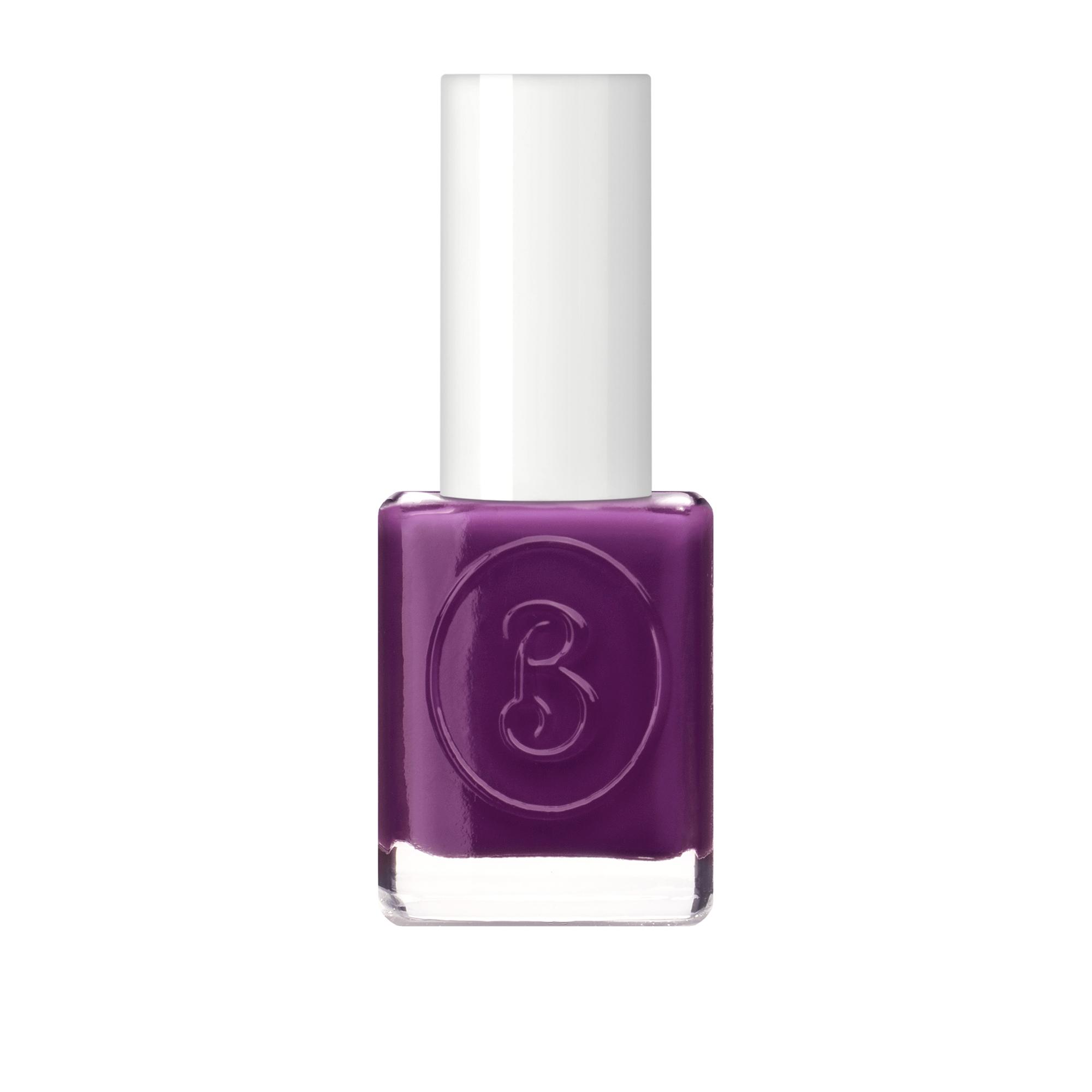 BERENICE Лак для ногтей пурпурный соблазн тон 21 purple temptation / BERENICE 16 млЛаки<br>Революционное открытие в области красоты ногтей на основе высоких швейцарских технологий    дышащий  лак для ногтей марки BERENICE. Он не оставит равнодушными ни мастеров маникюра, ни их клиентов. Этот лак содержит кислородный комплекс, который обеспечивает основное свойство лака   проницаемость воздуха и паров влаги в ноготь. Двойной пластификатор, содержащийся в составе, делает покрытие более гибким, продлевает стойкость маникюра, защищая от сколов и повреждений. Лак равномерно наносится и быстро сохнет. Профессиональная плоская кисточка обеспечивает идеальное прилегание к поверхности ногтя и нанесение лака.&amp;nbsp; Кислородный лак BERENICE   это здоровая альтернатива, традиционным лакам, блокирующим прохождение кислорода и влаги в ноготь. Система 5 free, в составе отсутствуют вредные компоненты такие как толуол, ДБП, формальдегидные смолы, фталаты и камфора.&amp;nbsp; Активные ингредиенты: смолы нового поколения, UV-фильтры<br><br>Цвет: Фиолетовые