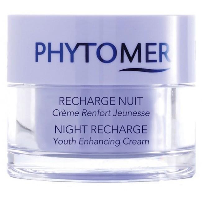 PHYTOMER Крем ночной омолаживающий / NIGHT RECHARGE YOUTH ENHANCING CREAM 50млКремы<br>Ночной крем с омолаживающим действием. Нежная шелковая текстура препарата комфортно  обволакивает  кожу, придавая ей мягкость и бархатистость. Крем способствует разглаживанию сеточки морщин, оказывает питательное, антиоксидантное, успокаивающее действие. Экстракт акации, богатый полисахаридами, обеспечивает пролонгированное увлажнение, восстанавливает упругость и эластичность кожи. Диатомовые водоросли минерализуют кожу, стимулируя минеральный обмен в тканях, подтягивает, оказывает тонизирующее, подтягивающее, питательное и противовоспалительное действия, обогащают кожу кислородом. Способ применения: крем наносится на предварительно очищенную и тонизированную кожу в вечернее время. &amp;nbsp; Активные ингредиенты:&amp;nbsp; экстракт акации, масло жожоба, диатомовые водоросли, глицины сои, экстракт саликорнии, экстракт маиса, сополимеры молочной и гликолевой кислот, экстракт ламинарии, OLIGOMER , витамин Е, мальтодекстрин.<br><br>Объем: 50 мл<br>Назначение: Морщины<br>Время применения: Ночной