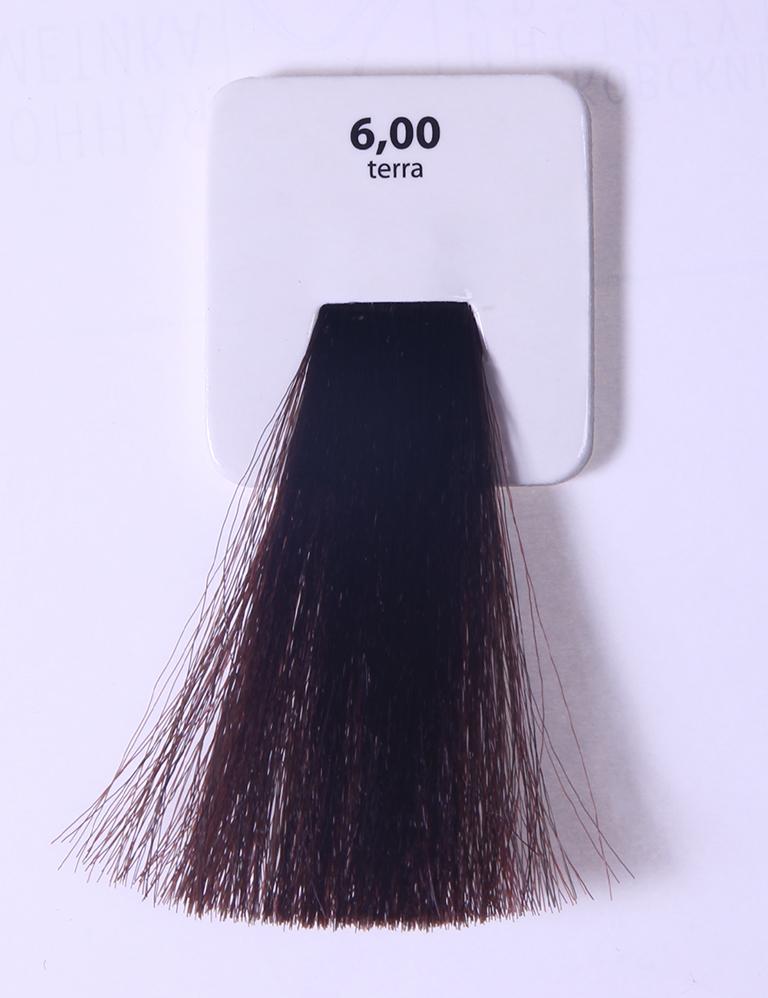 KAARAL 6.00 краска для волос / Sense COLOURS 100млКраски<br>6.00 темный интенсивный блондин (земля) Перманентные красители. Классический перманентный краситель бизнес класса. Обладает высокой покрывающей способностью. Содержит алоэ вера, оказывающее мощное увлажняющее действие, кокосовое масло для дополнительной защиты волос и кожи головы от агрессивного воздействия химических агентов красителя и провитамин В5 для поддержания внутренней структуры волоса. При соблюдении правильной технологии окрашивания гарантировано 100% окрашивание седых волос. Палитра включает 93 классических оттенка. Способ применения: Приготовление: смешивается с окислителем OXI Plus 6, 10, 20, 30 или 40 Vol в пропорции 1:1 (60 г красителя + 60 г окислителя). Суперосветляющие оттенки смешиваются с окислителями OXI Plus 40 Vol в пропорции 1:2. Для тонирования волос краситель используется с окислителем OXI Plus 6Vol в различных пропорциях в зависимости от желаемого результата. Нанесение: провести тест на чувствительность. Для предотвращения окрашивания кожи при работе с темными оттенками перед нанесением красителя обработать краевую линию роста волос защитным кремом Вaco. ПЕРВИЧНОЕ ОКРАШИВАНИЕ Нанести краситель сначала по длине волос и на кончики, отступив 1-2 см от прикорневой части волос, затем нанести состав на прикорневую часть. ВТОРИЧНОЕ ОКРАШИВАНИЕ Нанести состав сначала на прикорневую часть волос. Затем для обновления цвета ранее окрашенных волос нанести безаммиачный краситель Easy Soft. Время выдержки: 35 минут. Корректоры Sense. Используются для коррекции цвета, усиления яркости оттенков, создания новых цветовых нюансов, а также для нейтрализации нежелательных оттенков по законам хроматического круга. Содержат аммиак и могут использоваться самостоятельно. Оттенки: T-AG - серебристо-серый, T-M - фиолетовый, T-B - синий, T-RO - красный, T-D - золотистый, 0.00 - нейтральный. Способ применения: для усиления или коррекции цвета волос от 2 до 6 уровней цвета корректоры добавляются в краситель п