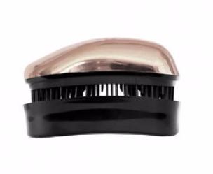 DESSATA Расческа для волос Dessata Hair Brush Mini Rose Gold; Розовое золотоРасчески<br>Расческа Dessata mini быстро распутает волосы, нет необходимости использовать дополнительные средства. Не тянет и не рвет волосы. Подходит для всех типов волос: тонких, густых и вьющихся. 237 зубчика имеют три уровня высоты, что позволяет лучше прочесывать волосы, а если возникает натяжение, они легко сгибаются. Эргономичный дизайн расчески без ручки, позволяет удобно разместить ее в руке, ее форма повторяет форму головы. Благодаря соему идеальному размеру расческу можно везде носить с собой. Материал: гипоаллергенный пластик.<br><br>Типы волос: Для всех типов