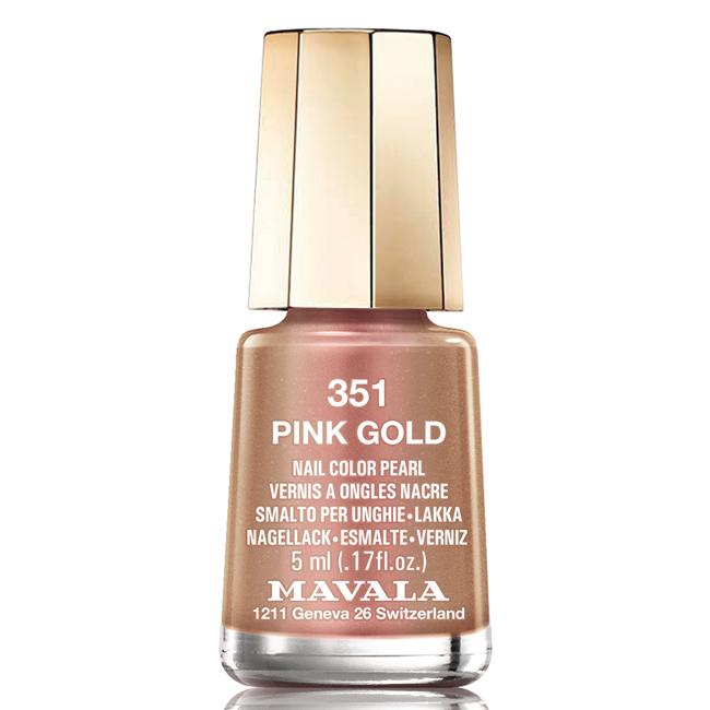 MAVALA Лак для ногтей мини Розовое золото/ Pink Gold 5млЛаки<br>Лаки для ногтей Mavala не только быстро сохнут, но и очень долго держатся, сохраняя свой привлекательный вид. Лаки не содержат такие вещества, как толуол, формальдегид, фталаты, парабены, камфару, тяжелые металлы, а также компоненты животного происхождения. &amp;nbsp; Способ применения : Перед применением энергично встряхнуть бутылочку с лаком. Нанести два тонких слоя лака на ноготь. Перед нанесением рекомендуется нанести слой лака-основы, а после фиксатора лака.<br><br>Цвет: Розовые<br>Объем: 5мл<br>Виды лака: Металлик