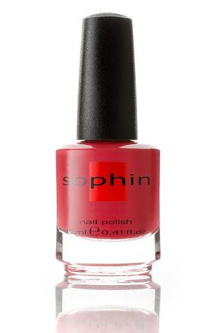 SOPHIN Лак для ногтей, бордово-красный 12млЛаки<br>Коллекция лаков SOPHIN очень разнообразна и соответствует современным веяньям моды. Огромное количество цветов и оттенков дает возможность создать законченный образ на любой вкус. Удобный колпачок не скользит в руках, что облегчает и позволяет контролировать процесс нанесения лака. Флакон очень эргономичен, лак легко стекает по стенкам сосуда во внутреннюю чашу, что позволяет расходовать его полностью. И что самое главное - форма флакона позволяет сохранять однородность лаков с блестками, глиттером, перламутром. Кисть средней жесткости из натурального волоса обеспечивает легкое, ровное и гладкое нанесение. Быстро высыхает&amp;nbsp; Превосходно наносится&amp;nbsp; Долго держится&amp;nbsp; Создаёт глубокое блестящее покрытие&amp;nbsp; Легко применяется и удаляется Big5free Активные ингредиенты. Состав: ethyl acetate, butyl acetate, nitrocellulose, acetyl tributyl citrate, isopropyl alcohol, adipic acid/neopentyl glycol/trimellitic anhydride copolymer, stearalkonium bentonite, n-butyl alcohol, styrene/acrylates copolymer, silica, benzophenone-1, trimethylpentanedyl dibenzoate, polyvinyl butyral.<br><br>Цвет: Красные