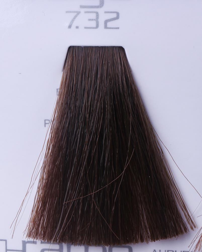HAIR COMPANY 7.32 краска для волос / HAIR LIGHT CREMA COLORANTE 100млКраски<br>7.32 русый бежевыйHair Light Crema Colorante   профессиональный перманентный краситель для волос, содержащий в своем составе натуральные ингредиенты и в особенности эксклюзивный мультивитаминный восстанавливающий комплекс. Минимальное количество аммиака позволяет максимально бережно относится к структуре волоса во время окрашивания. Содержит в себе растительные экстракты вытяжку из арахиса, лецитин, витамин А и Е, а так же витамин С который является природным консервантом цвета. Применение исключительно активных ингредиентов и пигментов высокого качества гарантируют получение однородного, насыщенного, интенсивного и искрящегося оттенка. Великолепно дает возможность на 100% закрасить даже стекловидную седину. Наличие 6-ти микстонов, а так же нейтрального бесцветного микстона, позволяет достигать получения цветов и оттенков. Способ применения: смешать Hair Light Crema Colorante с Hair Light Emulsione Ossidante в пропорции 1:1,5. Время воздействия 30-45 мин.<br><br>Вид средства для волос: Восстанавливающий<br>Класс косметики: Профессиональная