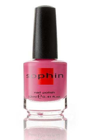 SOPHIN Лак для ногтей, светло-розовое желе 12млЛаки<br>Коллекция лаков SOPHIN очень разнообразна и соответствует современным веяньям моды. Огромное количество цветов и оттенков дает возможность создать законченный образ на любой вкус. Удобный колпачок не скользит в руках, что облегчает и позволяет контролировать процесс нанесения лака. Флакон очень эргономичен, лак легко стекает по стенкам сосуда во внутреннюю чашу, что позволяет расходовать его полностью. И что самое главное - форма флакона позволяет сохранять однородность лаков с блестками, глиттером, перламутром. Кисть средней жесткости из натурального волоса обеспечивает легкое, ровное и гладкое нанесение. Big5free! Активные ингредиенты. Состав: ethyl acetate, butyl acetate, nitrocellulose, acetyl tributyl citrate, isopropyl alcohol, adipic acid/neopentyl glycol/trimellitic anhydride copolymer, stearalkonium bentonite, n-butyl alcohol, styrene/acrylates copolymer, silica, benzophenone-1, trimethylpentanedyl dibenzoate, polyvinyl butyral.<br><br>Цвет: Розовые