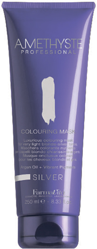 FARMAVITA Макса оттеночная silver / AMETHYSTE 250 млМаски<br>Silver - уберет желтизну и добавит строгого пепельного блеска. Благодаря эксклюзивной формуле, способны поддерживать или кардинально изменять косметический цвет в течение нескольких минут. Обеспечивают волосы дополнительным интенсивным питанием, благодаря наличию в составе Арганового масла. После применения волосы обретают чрезвычайную мягкость и шелковистость. Amethyste Colouring mask идеально подходит для:   оживления и сохранения косметического цвета между посещениями салона красоты   используя маску на натуральные волосы, Вы получаете более глубокий оттенок и ювелирный блеск  нейтрализации нежелательных желтых оттенков и усиления серебристых, пепельных и холодных оттенков с помощью Amethyste Colouring mask SILVER ПРЕИМУЩЕСТВА: 1.ДЕЛИКАТНОЕ ОТНОШЕНИЕ К ВОЛОСАМ: продукт не содержит аммиака и не смешивается с оксидантом; 2.СОХРАНЕНИЕ И УСИЛЕНИЕ КОСМЕТИЧЕСКОГО ЦВЕТА; 3.ЖИВЫЕ И БЛЕСТЯЩИЕ ВОЛОСЫ: спасибо аргановому маслу (состав которого богат Витамином Е, Омега-кислотами и натуральными Токоферолами) за ни с чем несравнимое увлажнение, омоложение и укрепление волос; 4.ОЧАРОВАТЕЛЬНЫЙ АРОМАТ: придает волосам изысканность, благодаря тонкому сочетанию ноток Жасмина и Китайского чая; 5.УДОБСТВО И ПРОСТОТА ИСПОЛЬЗОВАНИЯ Активные ингредиенты: система Omnia Color: Масло из семян пенника лугового - драгоценное масло, богато природными антиоксидантами и уникальным составом жирных кислот. Помогает сохранить интенсивность цвета и блеск волос. Исследования показали, что масло проникает в волокна волос, восстанавливая структуру и повышая его прочность. Пантенол - глубоко проникает в структуру и позволяет сбалансировать естественный уровень влаги в волосах. УФ-фильтр - защищает волосы от выгорания на солнце, вымывания красителя и потускнения цвета. Олигоминеральный комплекс - комплекс олигоэлементов (кремний, магний, медь, железо, цинк), которые глубоко проникают в волокна волос и помогают восстановить поврежденные участки
