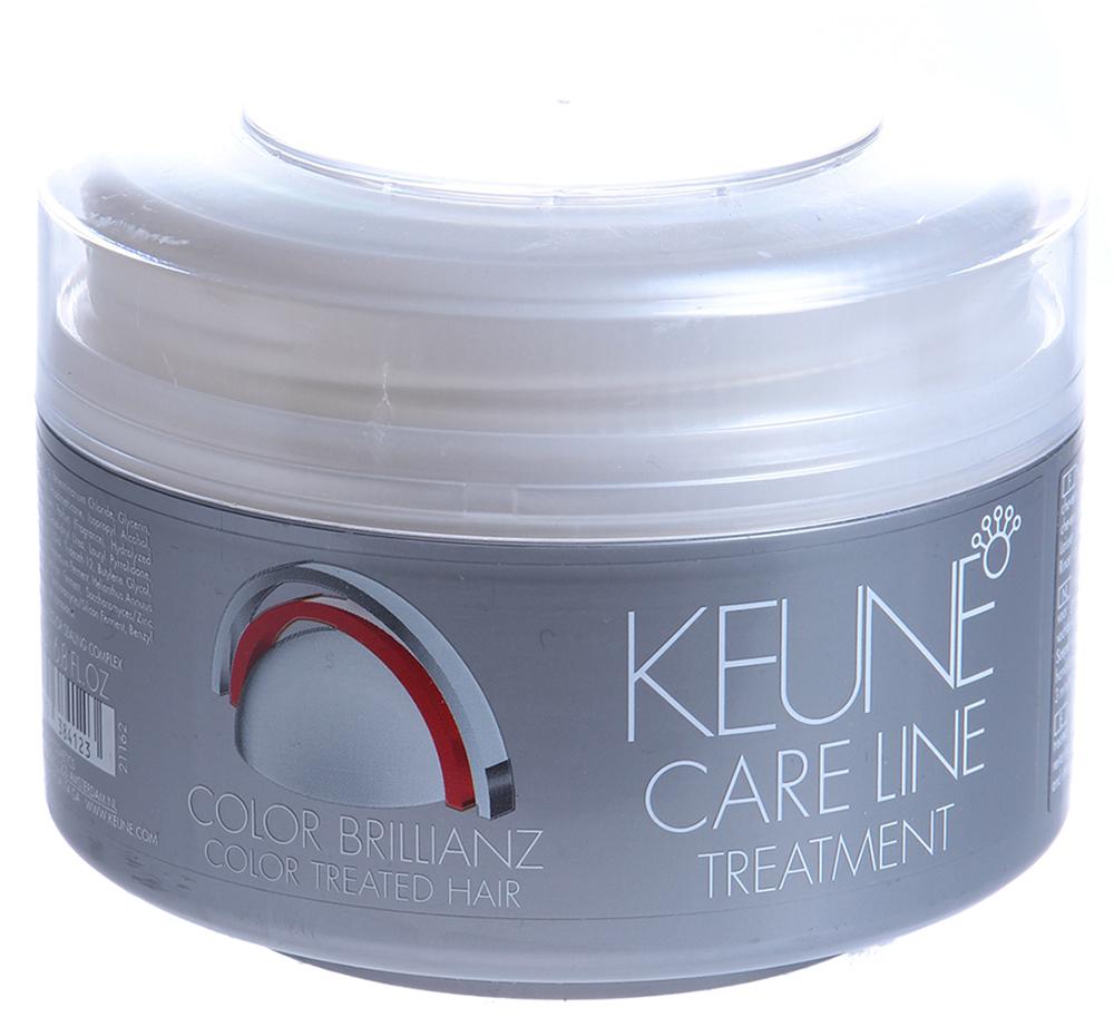 KEUNE Маска Кэе Лайн Яркость цвета / CL COLOR TREATMENT 200млМаски<br>Интенсивный восстановитель - восстанавливающая маска для окрашенных волос: Комплекс Color Sealing Сохранение Цвета обеспечивает невероятную яркость цвета. Увлажняющая и восстанавливающая формула. Защищает и придает силу окрашенным волосам. Активный состав: Комплекс Color Sealing (Сохранение Цвета). Применение: Наносить на просушенные полотенцем волосы и слегка вмассировать. Оставить на 3 минуты. Тщательно смыть.<br><br>Объем: 200<br>Вид средства для волос: Восстанавливающий<br>Типы волос: Окрашенные