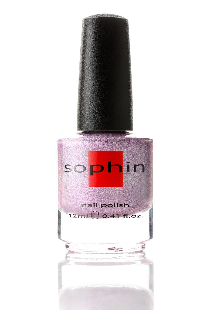 SOPHIN Лак для ногтей, яркий лилово-розовый линейный голографик 12млЛаки<br>Коллекция лаков SOPHIN очень разнообразна и соответствует современным веяньям моды. Огромное количество цветов и оттенков дает возможность создать законченный образ на любой вкус. Удобный колпачок не скользит в руках, что облегчает и позволяет контролировать процесс нанесения лака. Флакон очень эргономичен, лак легко стекает по стенкам сосуда во внутреннюю чашу, что позволяет расходовать его полностью. И что самое главное - форма флакона позволяет сохранять однородность лаков с блестками, глиттером, перламутром. Кисть средней жесткости из натурального волоса обеспечивает легкое, ровное и гладкое нанесение. Big5free! Активные ингредиенты. Состав: ethyl acetate, butyl acetate, nitrocellulose, acetyl tributyl citrate, isopropyl alcohol, adipic acid/neopentyl glycol/trimellitic anhydride copolymer, stearalkonium bentonite, n-butyl alcohol, styrene/acrylates copolymer, silica, benzophenone-1, trimethylpentanedyl dibenzoate, polyvinyl butyral.<br><br>Цвет: Розовые