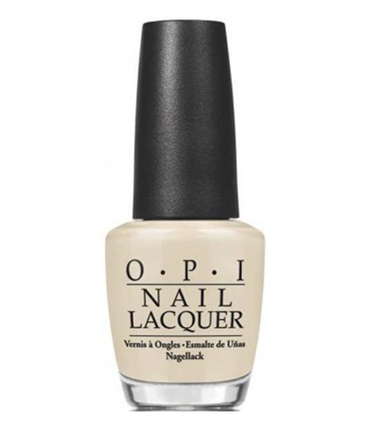 OPI Лак для ногтей Youre So Vain-illa / COCA-COLA 15млЛаки<br>OPI в партнерстве с Coca-Cola объявляет о выпуске новой лимитированной коллекции лаков для ногтей.  Форма флакона лаков для ногтей OPI специально разработаны для профессионального использования. Благодаря этому перламутр и блестки распределяются равномерно, предотвращается засыхание лака. Уплотненное дно придает флакону устойчивость. Точно рассчитанная длина и диаметр колпачка делает его удобным для любого размера и формы пальцев.  Инновационная форма кисти из натурального волоса идеально выверенное соотношение ширины кисти и густоты ворсинок. Все это гарантирует точное и равномерное покрытие лаком.  Способ применение: Нанесите 1-2 слоя на ногти после нанесения базового покрытия. Для придания прочности и создания блеска затем рекомендуется использовать верхнее покрытие.<br><br>Цвет: Белые<br>Виды лака: Глянцевые