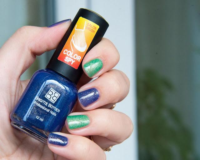 BRIGITTE BOTTIER Лак для ногтей тон SPY 132 темно-синий/нежно-голубой / Color Spy 12млЛаки<br>Лаки Сolor Spy являются термолаками, то есть изменяют интенсивность цвета в зависимости от температуры. На рисунке палитры тона вверху отражают цвета при комнатной температуре, а внизу изменение цвета при варьировании температуры от низкой к высокой. Лак удивит Вас своими волшебными изменениями, благодаря которым Ваш маникюр будет интересным и неповторимым. Способ применения: 1.Нанесите 2 слоя лака Color Spy, дождитесь полного высыхания каждого слоя. 2. Не наносите Top Coat, это изменит фактуру и свойства лака Color Spy.<br><br>Цвет: Синие<br>Виды лака: С блестками