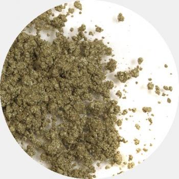 ERA MINERALS Тени минеральные J09 / Mineral Eyeshadow, Jewel 1 грТени<br>Тени для век Jewel обеспечивают комплексное покрытие, своим сиянием напоминающее как глубину, так и лучезарный блеск драгоценного камня. Текстура теней содержит в себе цвет-основу с содержанием крошечных мерцающих частиц, превосходно сочетающихся с основным цветом. Сильные и яркие минеральные пигменты&amp;nbsp; Можно наносить как влажным, так и сухим способом&amp;nbsp; Без отдушек и содержания масел, для всех типов кожи&amp;nbsp; Дерматологически протестировано, не аллергенно&amp;nbsp; Не тестировано на животных&amp;nbsp; Активные ингредиенты: слюда, нитрид бора, миристат магния, диоксид кремния, алюмоборосиликат. Может содержать: стеарат магния, кармин, каолин, ультрамарин, зеленый оксид хрома, берлинская лазурь, оксиды железа, фиолетовый марганец, оксид титана, диоксид титана. Способ применения: Поместите небольшое количество минеральных теней в крышку от контейнера или на палитру для косметики.&amp;nbsp; Наберите средство, используя одну из наших кистей для бровей и ресниц.&amp;nbsp; Чтобы избежать осыпания, не набирайте на кисть слишком большое количество теней.&amp;nbsp; Нанесите тени четкими короткими штрихами, заполняя редкие зоны линии бровей.&amp;nbsp; Наносите тени в обратную от роста волос сторону, затем пригладьте по направлению роста волос.&amp;nbsp; Для получения четкой тонкой линии наносите влажной кистью, а для мягкого эффекта - сухой.&amp;nbsp; Если вы используете пробные образцы, будет удобный, если насыпать небольшое количество минеральных теней на палитру для косметики или небольшую тарелочку, чтобы было проще заполнить ворсинки кисти.<br><br>Объем: 1 гр