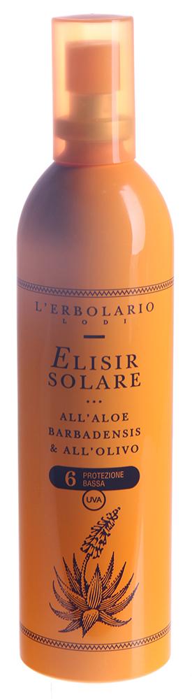 LERBOLARIO Эликсир солнцезащитный с алоэ барбаденис и оливковым маслом СЗФ6 200 млЛосьоны<br>Легкий и приятный молочно-белый эликсир идеально подходит для применения, если Вы находитесь на пляже или яхте, т.к. он мгновенно впитывается, не требуя массажа, и не оставляет жирных следов. Это ценное средство для тех, кто уже слегка загорел, или для людей со смуглой кожей, но кто хочет получить более сильный загар. Экстракт алоэ и неомыляемая фракция оливкового масла увлажняют кожу и придают ей эластичность, в то время как фильтр, полученный из рисовых отрубей, защищает кожу от преждевременного старения. Активные ингредиенты: гамма оризанол из масла рисовых отрубей, гель Алоэ вера, неомыляемая фракция оливкового масла. Способ применения: наносите эликсир, распыляя его из пульверизатора, на все тело несколько раз в день, не забывая это сделать обязательно после купания.<br><br>Назначение: Старение