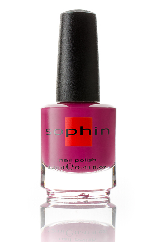 SOPHIN Лак для ногтей, темно-розовый крем 12млЛаки<br>Коллекция лаков SOPHIN очень разнообразна и соответствует современным веяньям моды. Огромное количество цветов и оттенков дает возможность создать законченный образ на любой вкус. Удобный колпачок не скользит в руках, что облегчает и позволяет контролировать процесс нанесения лака. Флакон очень эргономичен, лак легко стекает по стенкам сосуда во внутреннюю чашу, что позволяет расходовать его полностью. И что самое главное - форма флакона позволяет сохранять однородность лаков с блестками, глиттером, перламутром. Кисть средней жесткости из натурального волоса обеспечивает легкое, ровное и гладкое нанесение. Big5free! Активные ингредиенты. Состав: ethyl acetate, butyl acetate, nitrocellulose, acetyl tributyl citrate, isopropyl alcohol, adipic acid/neopentyl glycol/trimellitic anhydride copolymer, stearalkonium bentonite, n-butyl alcohol, styrene/acrylates copolymer, silica, benzophenone-1, trimethylpentanedyl dibenzoate, polyvinyl butyral.<br><br>Цвет: Розовые