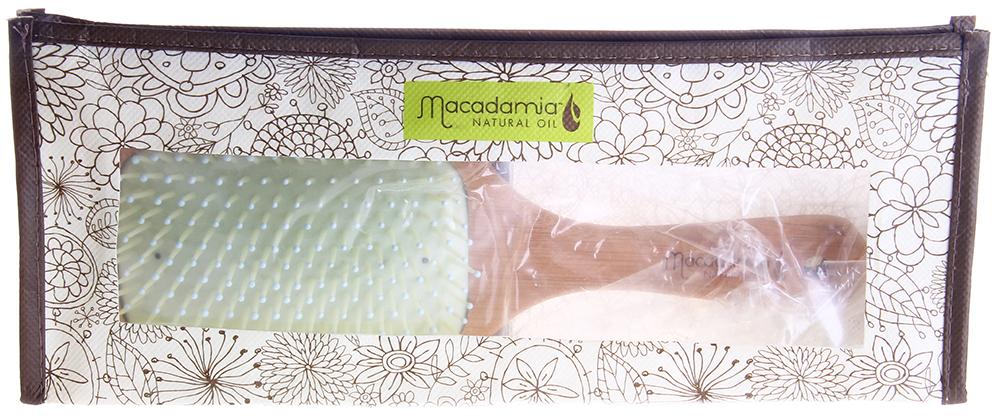 MACADAMIA Natural Oil Щетка деревянная / Bamboo Paddle Brush 1штЩетки<br>Деревянная щетка пропитана оздоравливающими компонентами, нежно и бережно ухаживающими за вашими волосами. Создана, используя инновационный процесс, позволяющий смешивать масло-уход вместе со специально созданными смолами.<br>