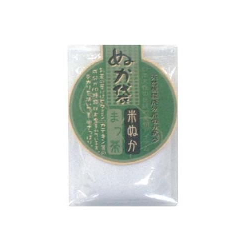 KITAO COSMETICS Пудра рисовая для умывания Зеленый чай / Nuka 40гр ~Пудры<br>Рисовая пудра для умывания является традиционным средством по уходу за кожей в Японии. Осуществляет борьбу с воспалениями, предотвращение проявления акне. Очищает и восстанавливает кожу, нормализует деятельность сальных желез. Способствует сужению пор и делает кожу матовой, убирает жирный блеск и кожа выглядит здоровой. Натуральные рисовые отруби содержат множество полезных аминокислот, которые увлажняют и ухаживают за кожей. Содержит в себе более 10 ингредиентов, таких как катехин (зеленый чай) и витамины. Активные ингредиенты.&amp;nbsp;Состав: Triticum vulgare (wheat) kernel flour, Kaolin, Talc, Zea mays (corn) starch, Solanium Tuberosum (potato) starch, Sekken Soji (JTN), Cellulose Gum, Methylparaben, Oryza Sativa (Rice) Bran, Chlorophyllin-Copper Complex, Camella Sinensis Leaf Extract, Ethanol, Water. Способ применения: взять 0,5-1г порошка сухой пудры, развести водой до кремообразного состояния и нанести тонким слоем на кожу лица. Оставить на 1-3 мин., осуществить легкий массаж, уделив особое внимание Т-зоне. Затем обильно смыть водой.<br><br>Объем: 40 гр
