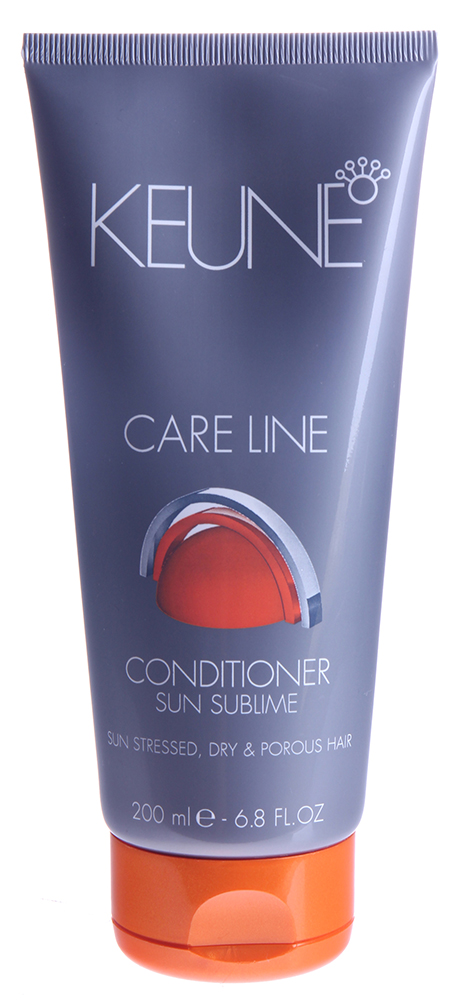 KEUNE Кондиционер Кэе Лайн Экстра защита / CL SUN CONDITIONER 200млКондиционеры<br>Интенсивный кондиционер для поврежденных солнцем, сухих и пористых волос. Глубоко увлажняет и распутывает волосы, облегчая расчесывание. Природные минералы и масло дерева Ши обеспечивают оптимальное кондиционирование, уход и блеск Вашим волосам. Активный состав: Минералы, масло дерева Ши. Применение: Нанести на просушенные полотенцем волосы. Оставить на 1-3 минуты. Тщательно смыть.<br><br>Объем: 200