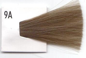 CHI 9A краска для волос / ЧИ ИОНИК 85грКраски и корректоры<br>CHI Ionic   это полное отсутствие повреждающих факторов и вредных веществ, глубинное восстановление волос, подвергшихся ранее агрессивным процедурам, потрясающий эстетический эффект здоровых, блестящих, плотных, увлажненных и идеально послушных волос, а также неограниченные возможности в достижении бесконечного числа насыщенных, живых и благородных оттенков. С красителем CHI можно не задумываться, что же предпочесть: стойкий и насыщенный цвет аммиачного красителя или здоровье собственных волос. CHI Ionic гарантирует и стойкий цвет без аммиака и здоровые волосы. Стойкая ионная краска для волос CHI Ionic позволяет на 100% закрашивать седину, осветлять волосы до 8 уровней, не травмируя и не разрушая их, а также восстанавливать в процессе окрашивания структуру волос. При этом, по стойкости краситель не уступает традиционным аммиачным препаратам. Рекомендуется беременным женщинам и кормящим матерям! Способ применения.<br><br>Цвет: Корректоры и другие<br>Вид средства для волос: Стойкая<br>Пол: Женский