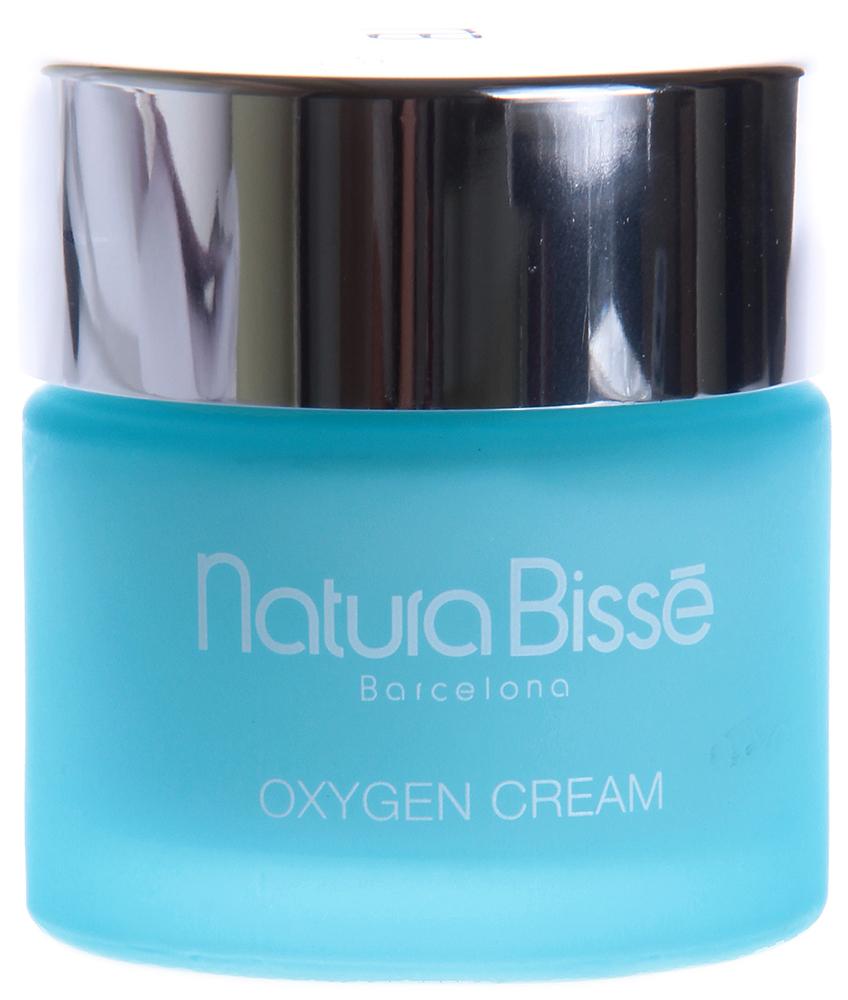 NATURA BISSE Крем оксигенирующий / Cream OXYGEN 75млКремы<br>Oxygen Cream восстанавливает оксигенацию и увлажнение, обеспечивает очищение выводных протоков сальных желез, возвращает коже здоровый вид. Производные перекиси водорода, распадаясь, транспортируют в кожу необходимый ей кислород, а также оказывают отбеливающее воздействие, что позволяет рекомендовать оксигенирующий крем для ухода за гиперпигментированной и преждевременно стареющей кожей. Уменьшает гиперпигментацию. и гиперемию. Активные ингредиенты (состав): Water (Aqua), Propylene Glycol, C12-20 Acid PEG-8 Ester, Glyceryl Stearate, Cetearyl Ethylhexanoate, Caprylic/Capric Triglyceride, Decyl Oleate, Hydrogen Peroxide, Lanolin, Plankton Extract, Triethanolamine, Carbomer, Cetyl Phosphate, BHT, Phenoxyethanol, Methylparaben, Propylparaben, Fragrance (Parfum), Butylphenyl Methylpropional, Linalool, Hexyl Cinnamal, alpha-Isomethyl Ionone, Citronellol, Limonene. Способ применения: рекомендуется использовать 1-2 раза в день. Наносить крем на очищенную кожу, массировать до полного впитывания.<br><br>Объем: 75<br>Вид средства для лица: Отбеливающий