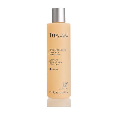 THALGO Лосьон подтягивающий тонизирующий Омоложение для всех типов кожи 250млЛосьоны<br>Подтягивающий тонизирующий лосьон придает упругость и тонизирует кожу. Обладает антивозрастным действием, кожа лица приобретает здоровое сияние.  Активные ингредиенты: Вода, глицерин, гидрогенизированное касторовое масло, масло сладкого миндаля, отдушка, экстракт манго, экстракт водоросли Gelidium Sesquipedale, лимонная кислота. Не содержит парабенов, минеральных масел, пропиленгликоля, ГМО и побочных продуктов животного происхождения.  Способ применения: Для ежедневного использования. Используйте лосьон после очищающих средств.<br>