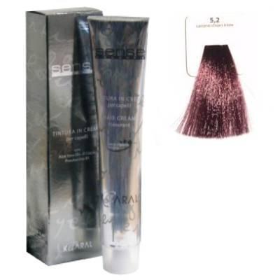 KAARAL 5.2 краска для волос / Sense COLOURS 100млКраски<br>5.2 светлый фиолетовый каштан Перманентные красители. Классический перманентный краситель бизнес класса. Обладает высокой покрывающей способностью. Содержит алоэ вера, оказывающее мощное увлажняющее действие, кокосовое масло для дополнительной защиты волос и кожи головы от агрессивного воздействия химических агентов красителя и провитамин В5 для поддержания внутренней структуры волоса. При соблюдении правильной технологии окрашивания гарантировано 100% окрашивание седых волос. Палитра включает 93 классических оттенка. Способ применения: Приготовление: смешивается с окислителем OXI Plus 6, 10, 20, 30 или 40 Vol в пропорции 1:1 (60 г красителя + 60 г окислителя). Суперосветляющие оттенки смешиваются с окислителями OXI Plus 40 Vol в пропорции 1:2. Для тонирования волос краситель используется с окислителем OXI Plus 6Vol в различных пропорциях в зависимости от желаемого результата. Нанесение: провести тест на чувствительность. Для предотвращения окрашивания кожи при работе с темными оттенками перед нанесением красителя обработать краевую линию роста волос защитным кремом Вaco. ПЕРВИЧНОЕ ОКРАШИВАНИЕ Нанести краситель сначала по длине волос и на кончики, отступив 1-2 см от прикорневой части волос, затем нанести состав на прикорневую часть. ВТОРИЧНОЕ ОКРАШИВАНИЕ Нанести состав сначала на прикорневую часть волос. Затем для обновления цвета ранее окрашенных волос нанести безаммиачный краситель Easy Soft. Время выдержки: 35 минут. Корректоры Sense. Используются для коррекции цвета, усиления яркости оттенков, создания новых цветовых нюансов, а также для нейтрализации нежелательных оттенков по законам хроматического круга. Содержат аммиак и могут использоваться самостоятельно. Оттенки: T-AG - серебристо-серый, T-M - фиолетовый, T-B - синий, T-RO - красный, T-D - золотистый, 0.00 - нейтральный. Способ применения: для усиления или коррекции цвета волос от 2 до 6 уровней цвета корректоры добавляются в краситель по Правилу п