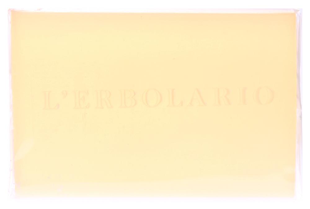 LERBOLARIO Мыло душистое Полынь 100 грМыла<br>Это прозрачное мыло с приятным свежим ароматом мыло было разработано для нежного, но тщательного очищения даже самой чувствительной кожи, чтобы сохранить ее естественную свежесть благодаря увлажняющему, тонизирующему и антиоксидантому действию экстрактов трех видов полыни. Активные ингредиенты: экстракт полыни горькой, экстракт эстрагона, экстракт полыни альпийской.<br>