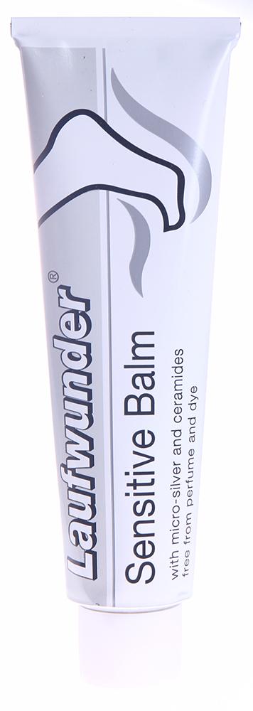 LAUFWUNDER Бальзам для чувствительной кожи 75млБальзамы<br>Бальзам с микрочастицами серебра и церамидами, предназначенный для интенсивного ухода за чувствительной, сухой, склонной к появлению экземы, кожей стоп. Микрочастицы серебра успокаивают кожу и способствуют восстановлению ее микрофлоры. Сочетание жиров, масел и растительных компонентов увлажняют кожу, обогащают ее липидами и успокаивают раздражение. Бальзам не содержит парфюмерных масел и красителей. Его можно использовать при нейродермите в период отсутствия экземы. Инновации для чувствительных ног:&amp;nbsp; содержит микрочастицы серебра и церамиды;&amp;nbsp; повышает увлажненность кожи на 30% в течение 3 недель;&amp;nbsp; стабилизирует кожный барьер;&amp;nbsp; хорошо переносится даже очень чувствительной, склонной к экземам кожей. Способ применения:&amp;nbsp;Нанести на кожу стоп, втирать до полного впитывания.<br><br>Типы кожи: Чувствительная