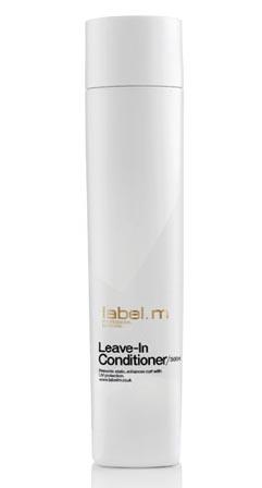 LABEL M Кондиционер защита цвета label.m / 300млКондиционеры<br>Кондиционер надолго сохраняет цвет окрашенных волос. Содержит жожоба, гидролизованный шелк, алоэ барбадосское и экстракт подсолнечника для интенсивного увлажнения. Комплекс Enviroshield защищает цвет, а также предотвращает повреждение во время укладки и защищает от УФ лучей. Способ применения: нанести на вымытые шампунем волосы, смыть, при необходимости повторить.<br><br>Объем: 300 мл<br>Типы волос: Окрашенные