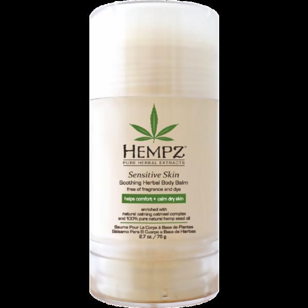 HEMPZ Бальзам увлажняющий для тела Чувствительная кожа 76грБальзамы<br>Растительный увлажняющий бальзам для чувствительной кожи тела. Идеально подходит для путешествий и активных людей. Увлажняет и делает кожу гладкой. Обогащен 100% чистым маслом семян конопли и натуральным успокаивающим комплексом на основе овса. Обладает мощными увлажняющими свойствами, восстанавливает защитную функцию кожи, питает, укрепляет и увлажняет уставшую чувствительную кожу. Помогает уменьшить сухость и делает кожу мягкой и гладкой. Без красителей. Без парабенов. Без глютенов. 100% Vegan. Не содержит ароматизаторов. Активные ингредиенты: очищенное масло семян конопли, успокаивающий комплекс на основе овса, масло манго, масло какао, масло ши, масло кокоса, авокадо, подсолнуха, масло абрикосовых косточек. Способ применения: небольшое количество бальзама массирующими движениями равномерно распределить по всей поверхности тела, уделяя особое внимание загрубевшие участки кожи. Можно использовать отдельно на очень сухие участки тела.<br><br>Вид средства для тела: Увлажняющий<br>Типы кожи: Чувствительная