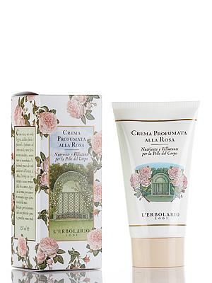LERBOLARIO Крем ароматизированный для тела Роза 150 млКремы<br>Ароматизированный крем для тела Роза от L`Erbolario необходим для увлажнения и восстановления баланса кожи. Он питает и защищает кожу, наполняет ее витамином молодости, действует как антиоксидант и борется со старением кожи. Питательный и легкий крем средней густоты очень приятен в использовании, отлично наносится и хорошо распределяется. Он смягчит кожу, сохранит ее естественный рН. Густой и лёгкий крем придаёт эластичность, делает кожу тела шелковистой и мягкой, обладает освежающим действием, идеально подходит даже для проблемных мест. Он оказывает защитное действие на кожу, окутывает ее ароматом нежной розы.  Активные ингредиенты: Основа, вода, масло жожоба, аминокислоты, экстракт алтея, жирные кислоты, автоэмульгирующие, растительного происхождения (пальмы), витаминный комплекс, ароматическая композиция с розой.  Способ применения: После мытья тела нанести немного крема на сухую кожу всего тела, равномерно распределяя по всей поверхности.<br><br>Назначение: Старение