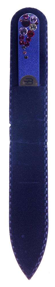 BOHEMIA PROFESSIONAL Пилочка стеклянная цветная Капля 135ммПилки для ногтей<br>Нет ничего лучше для натуральных ногтей, чем пилка из богемского хрусталя. Данный материал имеет практически неограниченный срок использования. Пилки Bohemia Professional имеют наиболее стойкий абразив. Пилка из богемского хрусталя также может стать стильным аксессуаром или красивым подарком. Bohemia Professional представляет Вам огромный выбор прозрачных и цветных пилок с декором: ручная роспись, декорация стразами, пилки с логотипом, и полноцветные изображения. Инструмент можно стерилизовать и обрабатывать химическими дезинфекторами, антисептиками.<br>