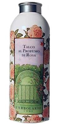 LERBOLARIO Тальк ароматизированный Роза 100 грТальки<br>Чистейший тальк с нежным ароматом садовой розы, размельченный до микронных фракций и очищенный от бактерий. Этот великолепное средство для ухода за кожей склонной к потливости или для жаркой погоды. Этот легкий тальк с ароматом розы, удалит с Вашей кожи избыток влаги, делая ее гладкой и шелковистой.<br>