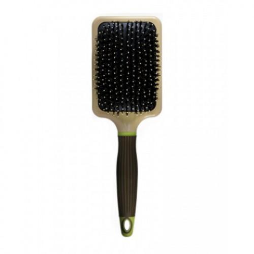 MACADAMIA Natural Oil Щетка плоская / Paddle Cushion Brush 1штЩетки<br>Щетка плоская Paddle Cushion Brush - удобный инструмент для укладки волос и массажа кожи головы. Щетка имеет щетину с ионным и антибактериальным покрытием. Это улучшает восстановление естественной влажности и благотворно влияет на состояние кожи головы. Благодаря специальной прямоугольной форме, эта щетка оптимально подходит для подготовки к укладке, как длинных волос, так и волос средней длины. Благодаря массажным шарикам на иголках щетки, создается отличный массажный эффект. В результате этого улучшается микроциркуляция кожи головы, происходит общее оздоровление волос и кожи головы. За счет подушечки особой формы, щетка равномерно распределяет давление по поверхности всей щетки. В результате воздействие на волосы и кожу головы становится максимально щадящим и бережным. Результат. Используйте эту щетку регулярно и ваши волосы станут более здоровыми и сильными. Активный состав: Дерево, ионное покрытие, натуральная щетина. Применение: Используйте как обычную щётку для расчёсывания или как брашинг, для расчесывания, сушки, укладки, выпрямления, полировки волос или создания объема.<br>