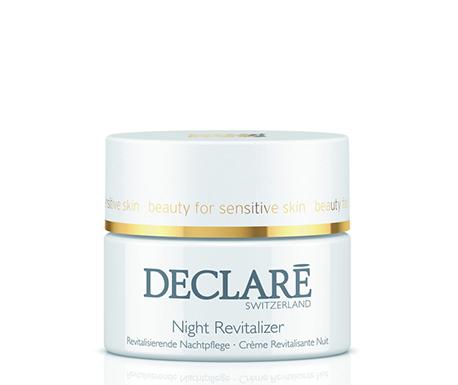 DECLARE Крем восстанавливающий ночной / Night Revitaliser 50млКремы<br>Night Revitaliser Declare с витаминами (А и Е) и растительными экстрактами, обладает стимулирующим действия, активизирует обновление клеток в ночное время суток, постепенно возвращая коже более молодой вид. Ночной восстанавливающий крем Декларе сокращает неглубокие морщины и замедляет образование новых.&amp;nbsp; Активные ингредиенты: натуральные растительные экстракты розмарина, арники, зверобоя, шалфея, масло земляного ореха, витамины А и Е, вспомогательные компоненты.&amp;nbsp; Способ применения: вечером после тщательного очищения кожи нанесите крем на лицо и шею.<br><br>Вид средства для лица: Восстанавливающий<br>Назначение: Морщины<br>Время применения: Ночной
