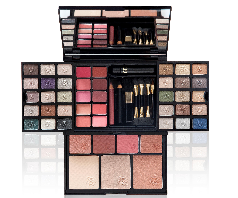 GA-DE Набор для макияжа / ESSENTIALS 76гр п крем сс essentials skin perfecting no 1 ga de