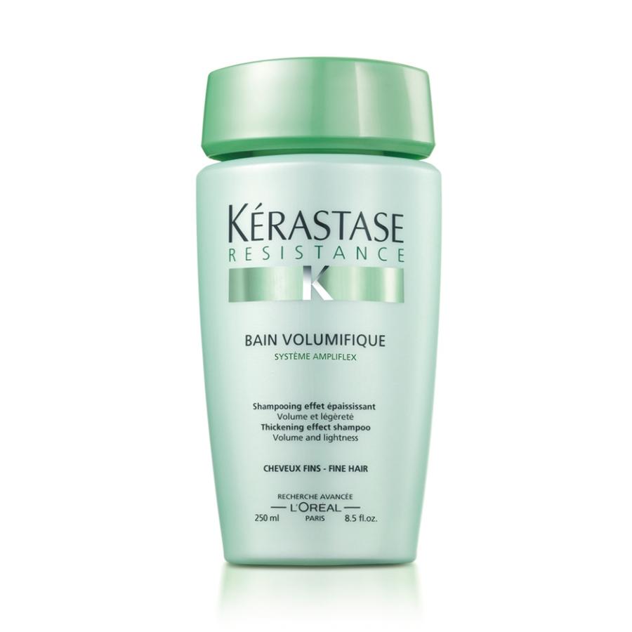 KERASTASE Шампунь уплотняющий для тонких волос / VOLUMIFIQUE 250млШампуни<br>Уплотняющий шампунь для устойчивого объема и легкости тонких волос. Уплотняющий шампунь-ванна, реструктурирующий материю волос для устойчивого объема и легкости. Идеально подходит для тонких волос. Активные ингредиенты: формула содержит Систему Ampliflex (от внешнего воздействия на волосы)&amp;nbsp;и молекулу INTRA-CYLANE  (внутреннее воздейтвие). Шампунь имеет сверхлегкую текстуру Stylight  TEXTURES, которыая была разработана c учетом особенностей тонких волос, придавая им идеальное сочетание объема и легкости. Результат при использовании в комплексе с Уходом-желе Volumifique: За одно применение: - Волосы приподнимаются у корней - Волос приобретает равномерную форму - Волосы уплотняются и лучше держат укладку. День за днем: &amp;nbsp;- Блестящие волосы &amp;nbsp;- Объем без утяжеления Эффект заметен даже на длинных волосах! Способ применения: тщательно намочите волосы. Нанесите отшелушивающий шампунь-ванну Volumifique. Пальцами распределите шампунь по коже головы и волосам массирующими движениями и тщательно смойте. Нанесите шампунь вновь и оставьте на несколько минут. Добавьте немного воды и взбейте средство в пену, тщательно смойте.<br><br>Типы волос: Тонкие