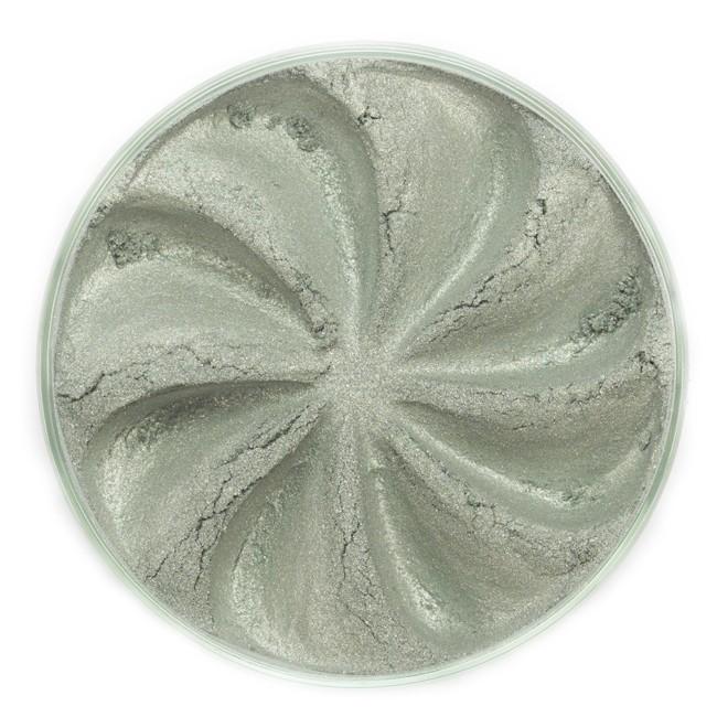 ERA MINERALS Тени минеральные J05 / Mineral Eyeshadow, Jewel 1 грТени<br>Тени для век Jewel обеспечивают комплексное покрытие, своим сиянием напоминающее как глубину, так и лучезарный блеск драгоценного камня. Текстура теней содержит в себе цвет-основу с содержанием крошечных мерцающих частиц, превосходно сочетающихся с основным цветом. Сильные и яркие минеральные пигменты&amp;nbsp; Можно наносить как влажным, так и сухим способом&amp;nbsp; Без отдушек и содержания масел, для всех типов кожи&amp;nbsp; Дерматологически протестировано, не аллергенно&amp;nbsp; Не тестировано на животных&amp;nbsp; Активные ингредиенты: слюда, нитрид бора, миристат магния, диоксид кремния, алюмоборосиликат. Может содержать: стеарат магния, кармин, каолин, ультрамарин, зеленый оксид хрома, берлинская лазурь, оксиды железа, фиолетовый марганец, оксид титана, диоксид титана. Способ применения: Поместите небольшое количество минеральных теней в крышку от контейнера или на палитру для косметики.&amp;nbsp; Наберите средство, используя одну из наших кистей для бровей и ресниц.&amp;nbsp; Чтобы избежать осыпания, не набирайте на кисть слишком большое количество теней.&amp;nbsp; Нанесите тени четкими короткими штрихами, заполняя редкие зоны линии бровей.&amp;nbsp; Наносите тени в обратную от роста волос сторону, затем пригладьте по направлению роста волос.&amp;nbsp; Для получения четкой тонкой линии наносите влажной кистью, а для мягкого эффекта - сухой.&amp;nbsp; Если вы используете пробные образцы, будет удобный, если насыпать небольшое количество минеральных теней на палитру для косметики или небольшую тарелочку, чтобы было проще заполнить ворсинки кисти.<br><br>Объем: 1 гр