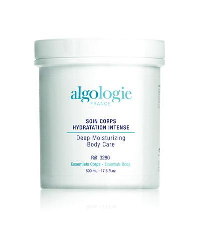 ALGOLOGIE Крем увлажняющий для тела 500млКремы<br>Крем с бархатистой текстурой для увлажнения и питания кожи тела. Действие: Экстракт из бурой водоросли алярии (Kalpariane&amp;reg;) обеспечивает эффективное увлажнению кожи, интенсивное питание, придает коже гладкость и мягкость. Экстракт алярии стимулирует выработку гликозаминогликанов и гиалуроновой кислоты, а также оказывает стимулирующее действие на обменные процессы, заряжая клетки энергией. Алярия содержит высокий процент полифенолов, благодаря чему эффективно нейтрализует свободные радикалы, замедляя процессы старения. Экстракт утесника обыкновенного (Ulex Europaeas) символизирует приход весны и напоминает солнечном свете, благодаря его золотистому цвету. Экстракт утесника обладает анальгезирующим действием, т.к. стимулирует выработку эндорфинов. Экстракт утесника создает ощущение комфорта и свежести кожи. Результат: Придает гладкость и мягкость коже, интенсивно увлажняет ее, успокаивая кожу и создавая ощущение комфорта. Легкие свежие ноты крема заряжают бодростью и энергией. Способ применения: Профессиональное применение: после процедуры пилинга или для завершения процедуры обертывания, нанесите небольшое количество крема на кожу тела. Нанесение препарата начинайте с задней поверхности тела, двигаясь снизу вверх. Легко помассируйте до полного впитывания препарата. Домашнее применение: нанесите небольшое количество крема на чистую кожу тела легкими массажными движениями. Используйте ежедневно после ванной и душа.<br><br>Вид средства для тела: Увлажняющий<br>Назначение: Старение