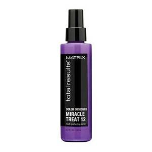 MATRIX Несмываемый спрей - 12 преимуществ / COLOR OBSESSED 125млСпреи<br>Спрей для защиты цвета окрашенных волос. Сохраняет цвет окрашенных волос, облегчает расчесывание, помогает предотвратить ломкость. 12 мгновенных преимуществ: -  Запечатывает волосы, защищает от повреждений. - Разглаживает кутикулу. - Интенсивно кондиционирует. - Помогает укреплению волос. - Мгновенно придает шелковистость. - Защищает от пушистости. - Помогает восстановлению блеска. - Сохраняет цвет окрашенных волос. - Облегчает расчесывание. - Помогает предотвратить ломкость. - Максимально наполняет природное тело волоса, повышение управляемости. Активные ингредиенты: витамин E - Богат антиоксидантами, помогает бороться со свободными радикалами, обеспечивая защиту от воздействия вредных веществ. - Масло подсолнечника. - Натуральные силиконы - Помогают улучшить состояние волос и улучшают целостность волокон волоса, добавляя им блеск. Идеально подходит для окрашенных волос. Способ применения: распылите небольшое количество спрея на расстоянии 25 см от волос после завершения укладки.<br><br>Объем: 125 мл<br>Вид средства для волос: Несмываемый<br>Типы волос: Окрашенные
