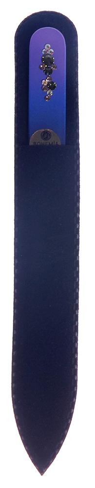 BOHEMIA PROFESSIONAL Пилочка стеклянная цветная Орнамент 2 135ммПилки для ногтей<br>Нет ничего лучше для натуральных ногтей, чем пилка из богемского хрусталя. Данный материал имеет практически неограниченный срок использования. Пилки Bohemia Professional имеют наиболее стойкий абразив. Пилка из богемского хрусталя также может стать стильным аксессуаром или красивым подарком. Bohemia Professional представляет Вам огромный выбор прозрачных и цветных пилок с декором: ручная роспись, декорация стразами, пилки с логотипом, и полноцветные изображения. Инструмент можно стерилизовать и обрабатывать химическими дезинфекторами, антисептиками.<br>
