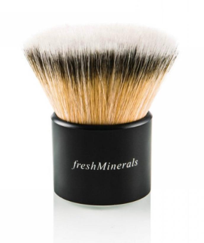 """FRESH MINERALS ����� """"������"""" / Kabuki Brush"""