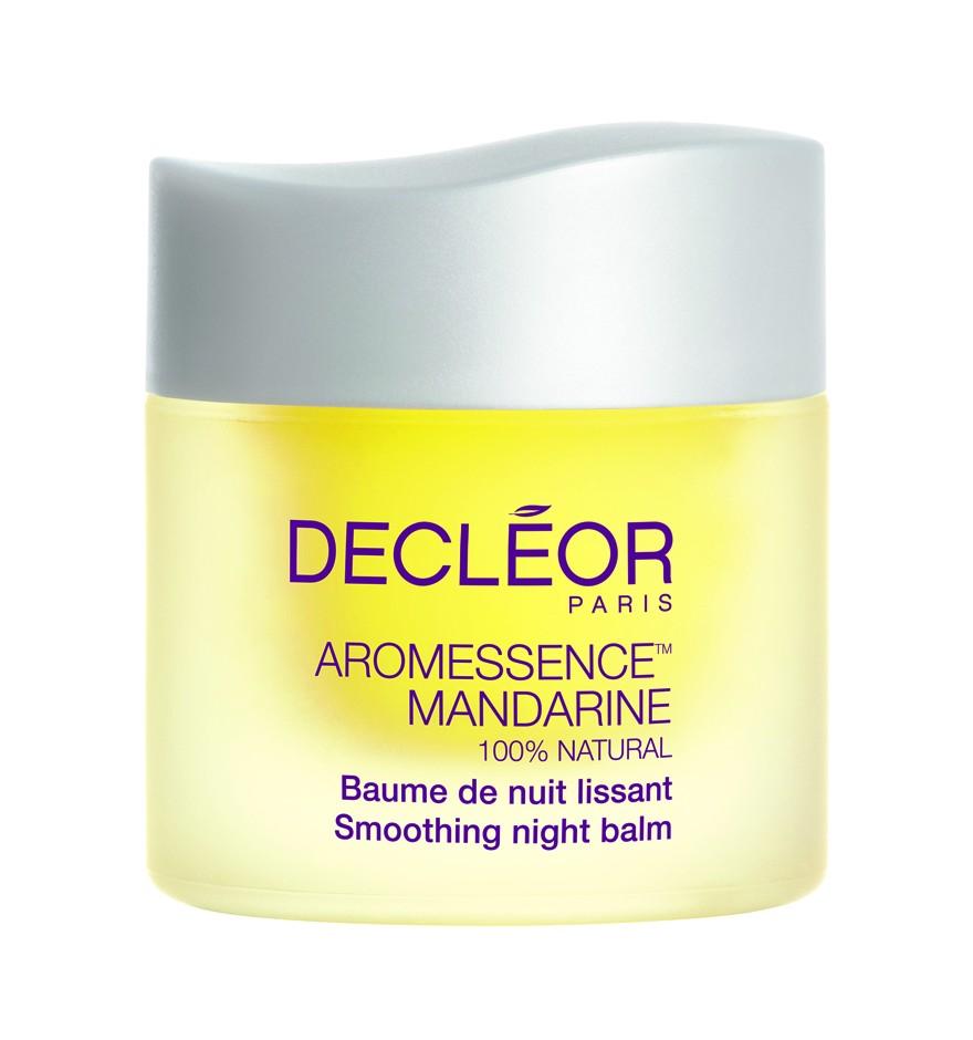 DECLEOR Бальзам разглаживающий ночной Манд / AROMA LISSE MANDARINE 15 млБальзамы<br>Разглаживающий бальзам с расслабляющими свойствами - прекрасное восстановление кожи в течение ночи для предотвращения появления морщин. Обеспечивает антиоксидантную защиту, выводит токсины и восстанавливает поврежденную УФ ДНК. Питает и смягчает кожу, препятствует дегидратации. РЕЗУЛЬТАТ: утром морщины выглядят менее заметными. Способ применения: применяется ежедневно вечером после полного очищения лица. Горошину бальзама разогрейте в ладонях, вдохните аромат и нанесите на лицо, шею и декольте легкими помпажными движениями.<br><br>Объем: 15 мл