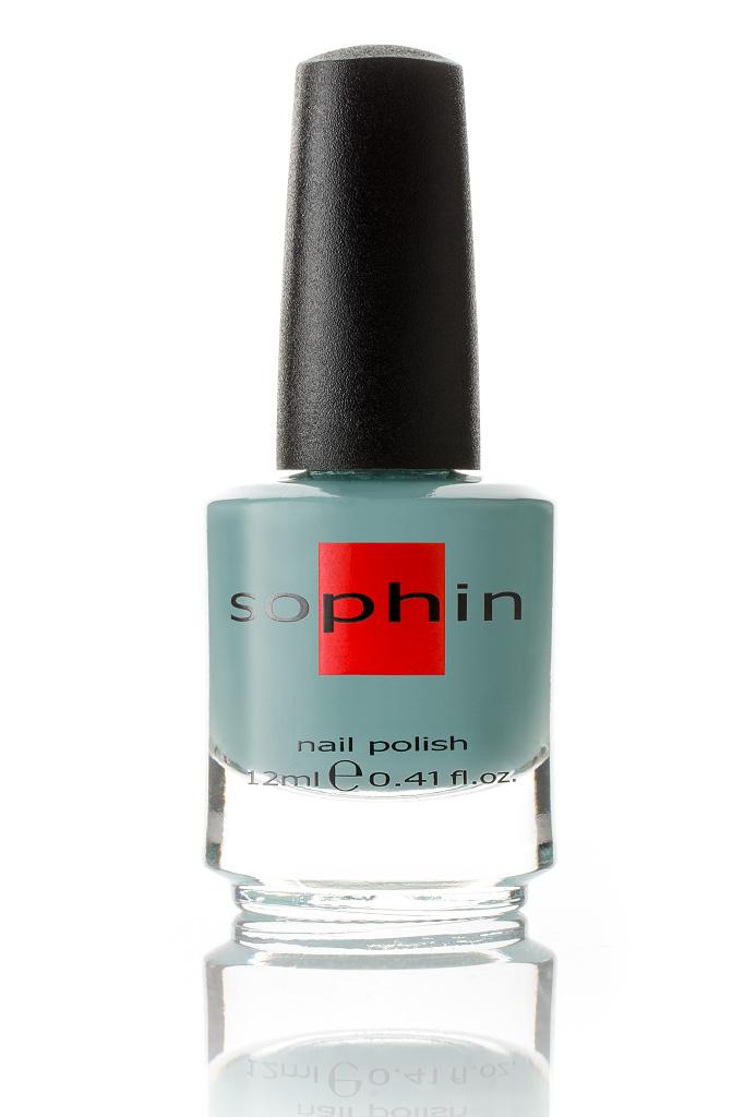 SOPHIN Лак для ногтей, припыленный голубой с каплей зеленого 12млЛаки<br>Коллекция лаков SOPHIN очень разнообразна и соответствует современным веяньям моды. Огромное количество цветов и оттенков дает возможность создать законченный образ на любой вкус. Удобный колпачок не скользит в руках, что облегчает и позволяет контролировать процесс нанесения лака. Флакон очень эргономичен, лак легко стекает по стенкам сосуда во внутреннюю чашу, что позволяет расходовать его полностью. И что самое главное - форма флакона позволяет сохранять однородность лаков с блестками, глиттером, перламутром. Кисть средней жесткости из натурального волоса обеспечивает легкое, ровное и гладкое нанесение. Big5free! Активные ингредиенты. Состав: ethyl acetate, butyl acetate, nitrocellulose, acetyl tributyl citrate, isopropyl alcohol, adipic acid/neopentyl glycol/trimellitic anhydride copolymer, stearalkonium bentonite, n-butyl alcohol, styrene/acrylates copolymer, silica, benzophenone-1, trimethylpentanedyl dibenzoate, polyvinyl butyral.<br>