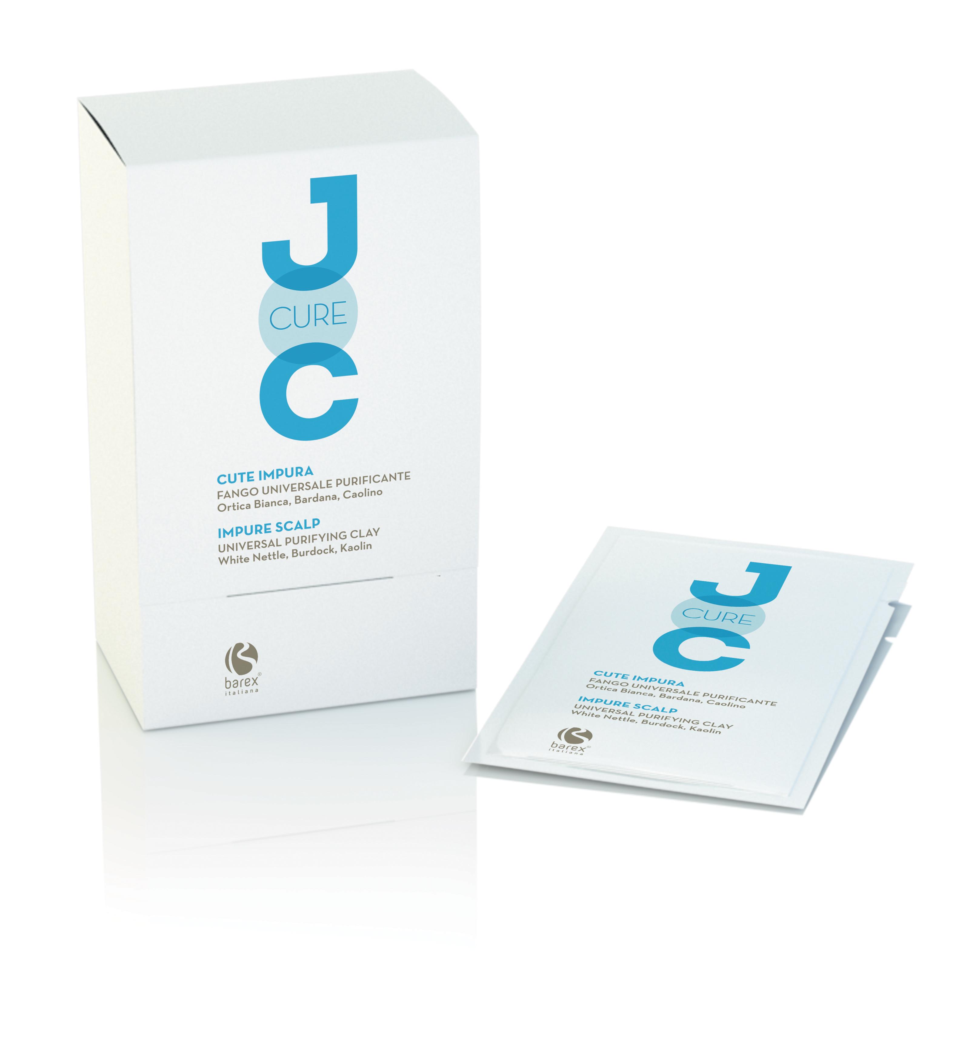BAREX Глина универсальная очищающая с Белой крапивой, Лопухом и Каолином / JOC CURE 25млГлины<br>Густая и кремообразная натуральная глина оказывает успокаивающее действие и регулирует работу сальных желез. Идеально подходит для лечения перхоти и проблемной кожи головы. Каолин (Белая глина): богата ценными микропримесями и смягчающими элементами, успокаивает и отшелушивает кожу головы, благодаря чему удаляются загрязнения. Крапива белая: восстанавливает кожу головы. Лопух: активно лечит кожу головы. Активные ингредиенты: каолин (Белая глина), крапива белая, лопух, масло сладкого миндаля, экстракт лимона, экстракт конского каштана, биотин. Способ применения: глина уже готова к использованию. Поместите содержимое пакетика в миску и с помощью кисти нанесите средство по всей длине волос, начиная с корней, распределите его равномерно. Нанесите на покрасневшие участки кожи головы, чтобы быстро снять раздражение. Оставьте на 5 минут, затем смойте с наиболее подходящим вам шампунем JOC CURE.<br><br>Вид средства для волос: Очищающий<br>Назначение: Перхоть