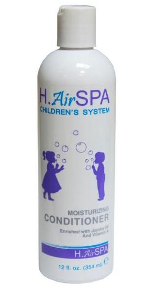 H AIRSPA Кондиционер детский увалажняющий / Childrens Moisturizing Conditioner 354млКондиционеры<br>Кондиционер для ежедневного ухода с натуральными экстрактами и витаминами, не создает пленку на волосах, увлажняет детские волосы, делает их блестящими, облегчает расчесывание. Имеет легкий приятный запах. Активные ингредиенты: масло жожоба, витамин А. Способ применения: после использования Шампуня детского увлажняющего с маслом жожоба и витамином А нанесите немного кондиционера на влажные волосы и расчешите. Оставьте на 2-5 минут и смойте.<br><br>Вид средства для волос: Увлажняющий<br>Пол: Детский<br>Типы волос: Нормальные