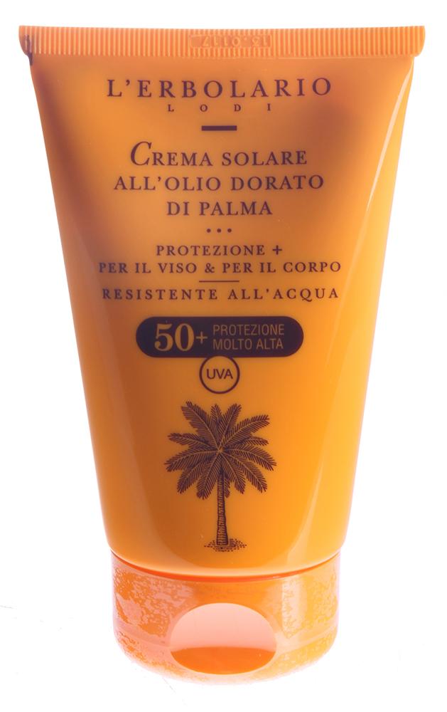 LERBOLARIO Солнцезащитный крем с пальмовым маслом SPF 50+ 125 млКремы<br>Солнцезащитный крем с пальмовым маслом для лица и тела от L`Erbolario благодаря входящим в его состав четырём фильтрам, а также растительным веществам, не только эффективно защитит от обезвоживающих воздействий морской соли, жары и ветра, но также этот солнцезащитный крем с высокой степенью защиты является прекрасным косметическим средством для ухода за кожей лица и тела. Входящие в его состав ценные растительные вещества смягчат, увлажнят, освежат кожу, а также предотвратят её старение. Солнцезащитный крем с пальмовым маслом для лица и тела от L`Erbolario был создан в первую очередь для светлой чувствительной кожи склонной к покраснениям. Но можно его использовать и всем остальным, но только тогда, когда время дня, географическая широта или время года связаны с агрессивным воздействием солнечных лучей.  Активные ингредиенты: Четыре фильтра, оливковое масло, жидкий воск хохобы, пальмовое масло, нежный гель из алое вера.  Способ применения: Нанести на всю поверхность кожи лица и тела в соответствии с прилагаемой инструкцией.<br><br>Защита от солнца: None<br>Назначение: Старение