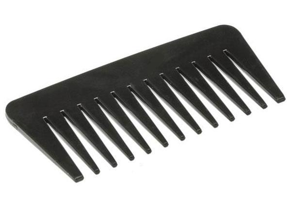 TITANIA Расческа T гребень черный / TITANIAРасчески<br>Расчёска-гребень 11,5 см чёрная с редкими зубчиками. Идеальна для прочёсывания длинных волос.<br>